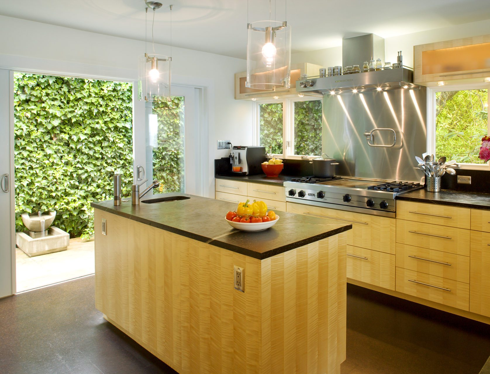 Image of natural light filled kitchen designed by Donnally Architects
